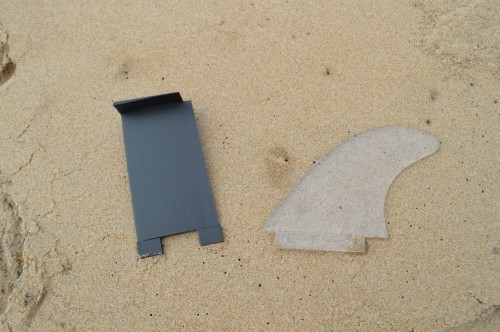 Fin comparison between 3d printed surfboard fins and normal ones.