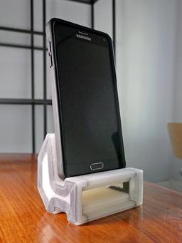 Part of the Week — Dan Topjian's Carbon Fiber Reinforced Phone Amplifier