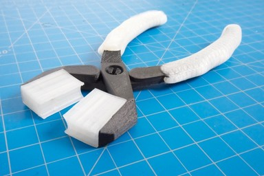 MMF #5: A Guide to Embedding Components in 3D Printed Parts
