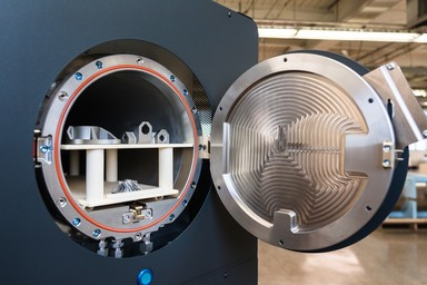 Furnace for sintering 3D printed metal parts